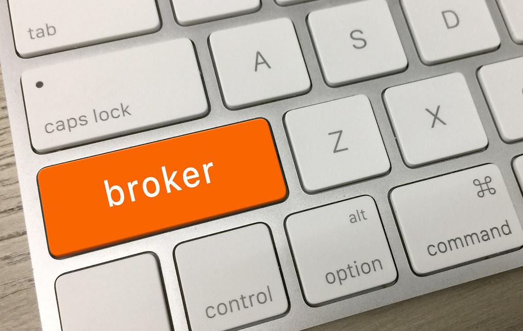 Er zijn online genoeg brokers te vinden, maar welke factoren spelen de grootste rol in je keuze voor een online broker?